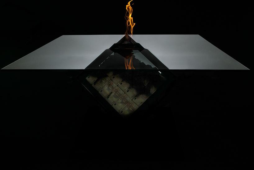 Hiperrealista égő asztal! - Nemigen! Magazin